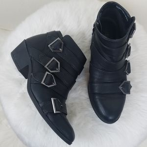 SAM AND LIBBY faux leather black ankle booties